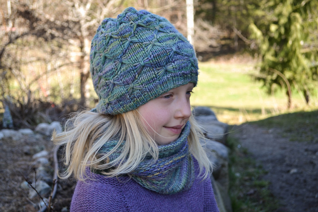 March 2016 - dragonfly hat 7...
