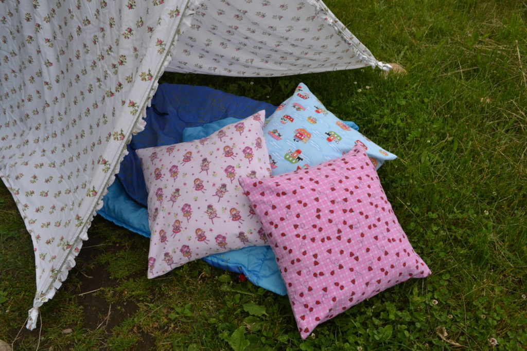 2016 - camping pillowcase - 12